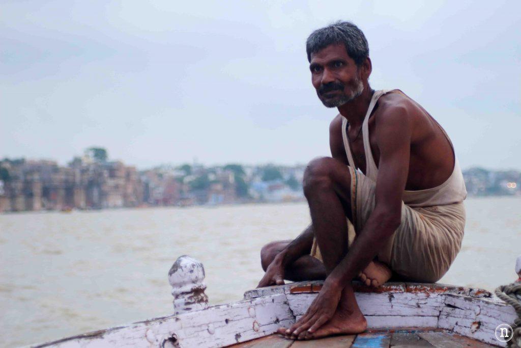 el barquero de varanasi