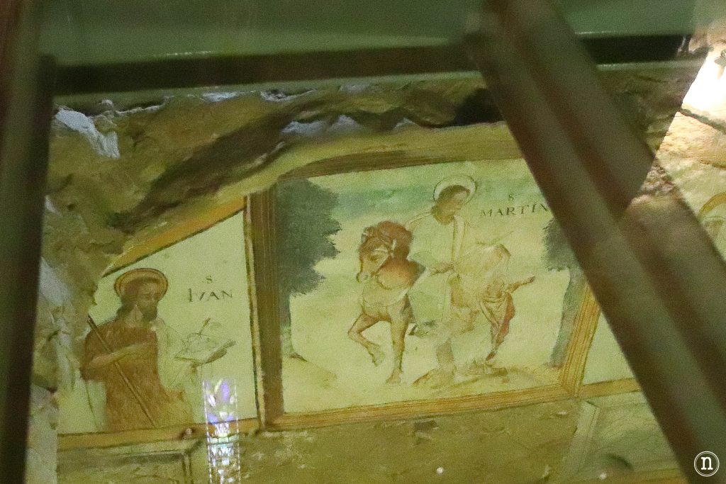 pinturas cimientos iglesia