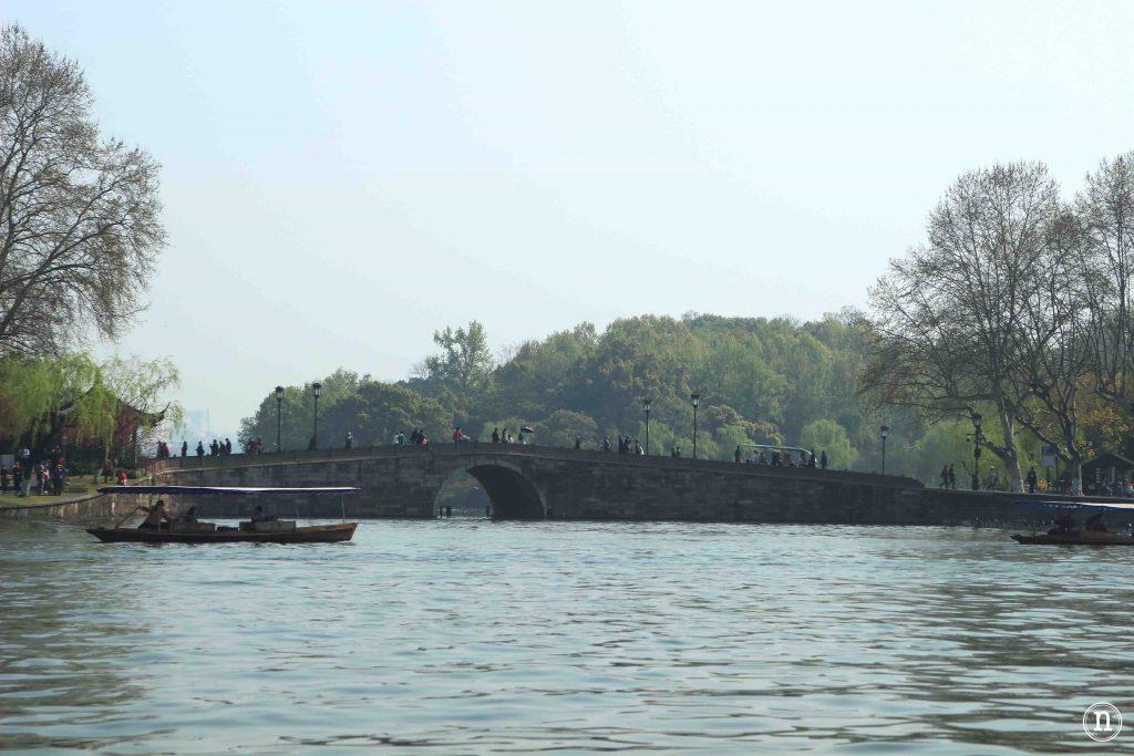lago oeste