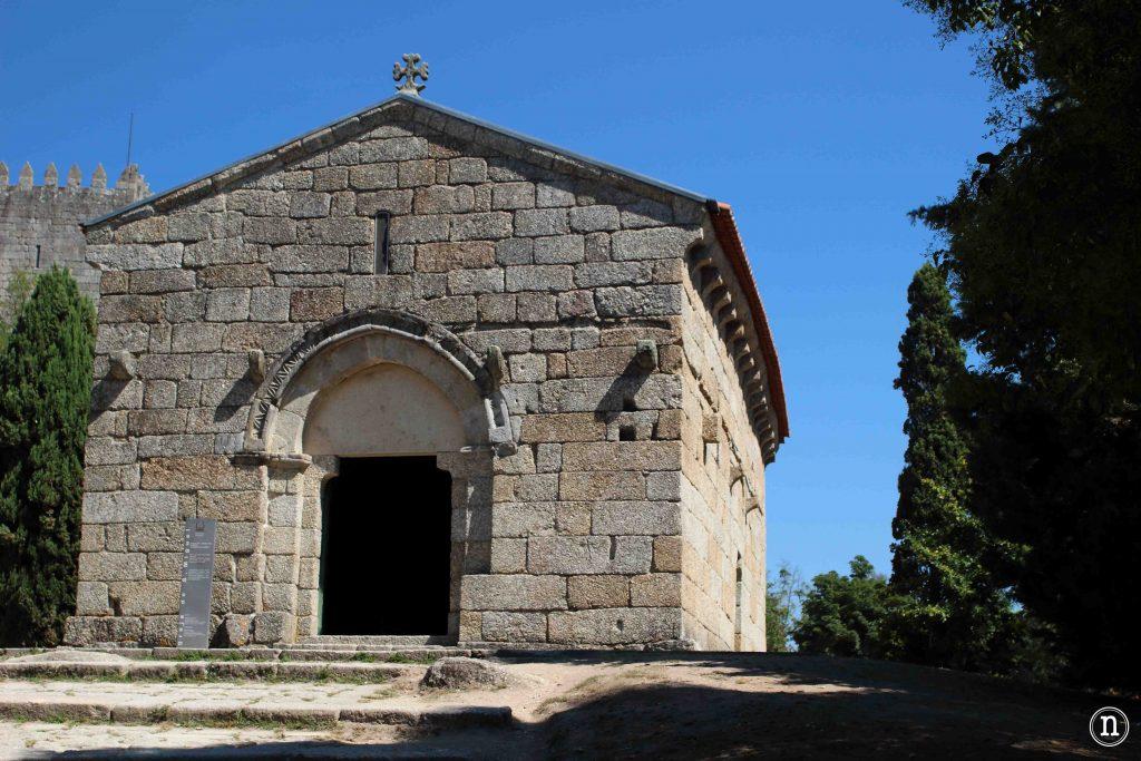iglesia san miguel do castelo guimaraes