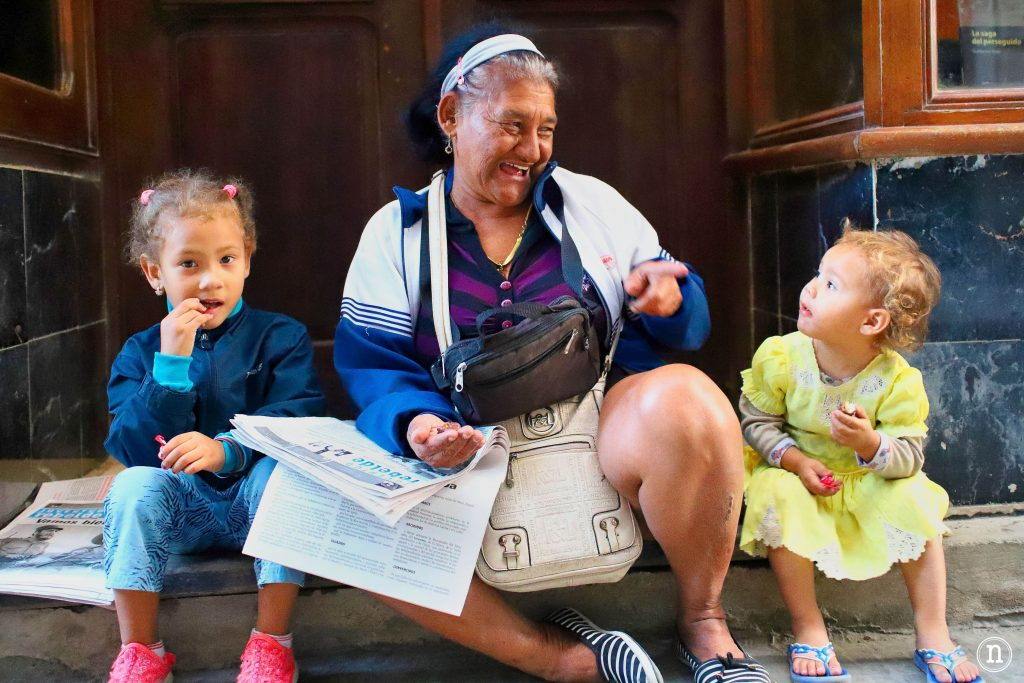 abuelita y nietas la habana