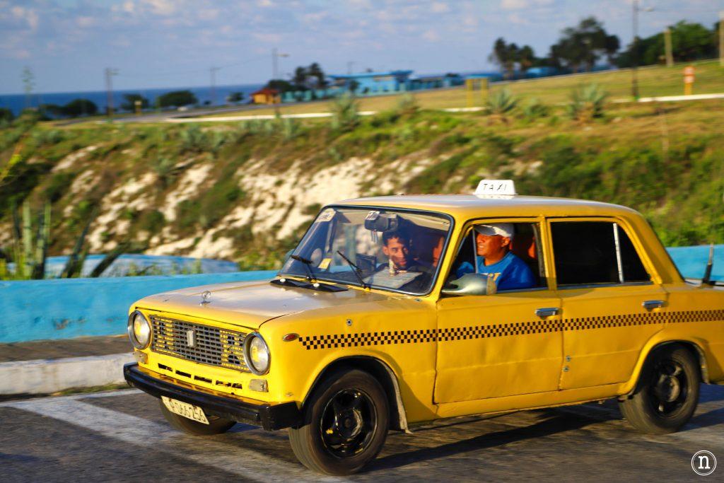 taxi en la habana fotografía de viajes