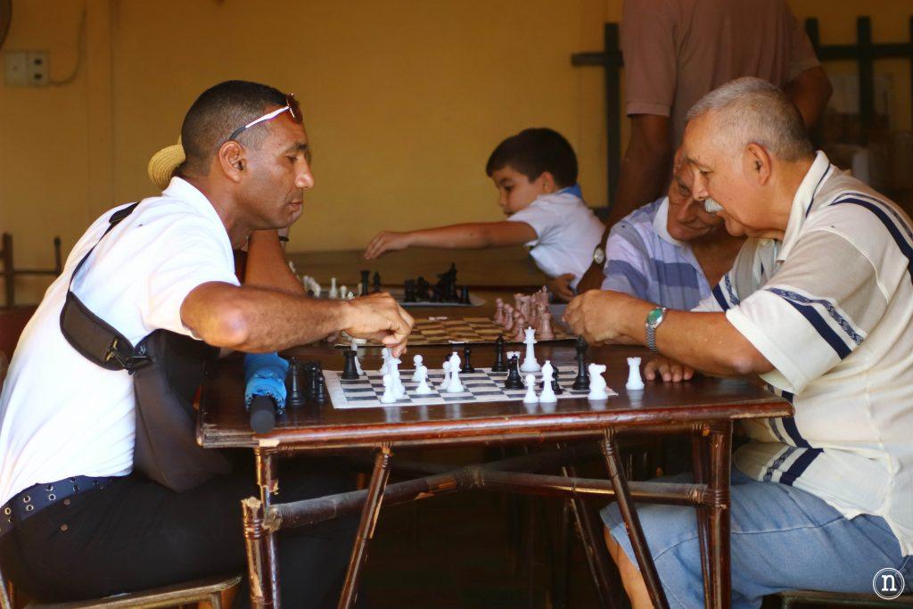 partida de ajedrez trinidad